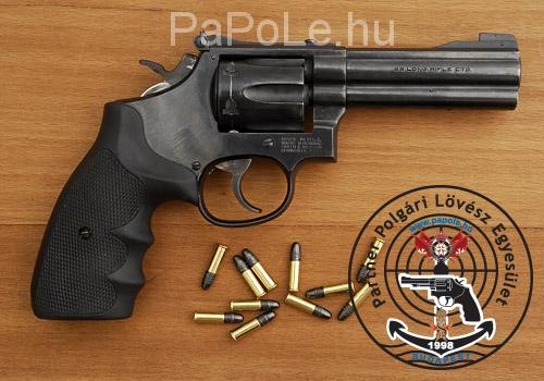 Gyártó: Smith&Wesson, Kaliber: .22 LR, Fegyver típusa: REV 6 M 17-6