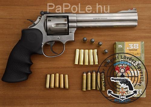 Gyártó: Smith&Wesson, Kaliber: .357 M / 38. Sp, Fegyver típus: M 686-4