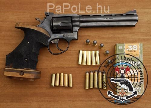 Gyártó: Taurus, Kaliber: .357 M / 38. Sp, Fegyver típus: M 689